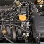 Почему троит двигатель на Приоре